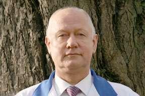 Valdes priekšsēdētājs Jānis Buģins